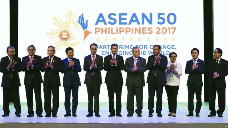 AMM 50: l'ASEAN s'inquiète du programme nucléaire de la RPDC - ảnh 1
