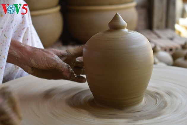 Le village de poterie de Thanh Hà - ảnh 2