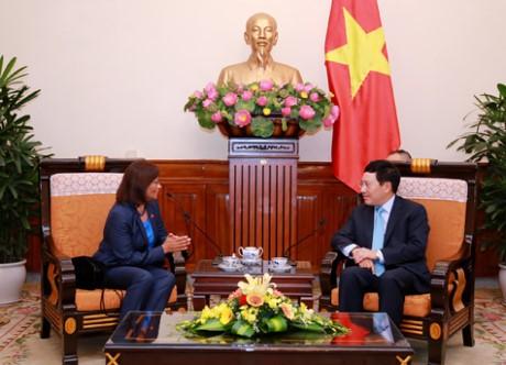 Pham Binh Minh reçoit l'ambassadrice du Timor Oriental - ảnh 1