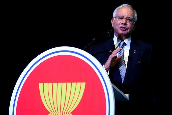 Pour créer une communauté de l'ASEAN de paix et de prospérité - ảnh 1