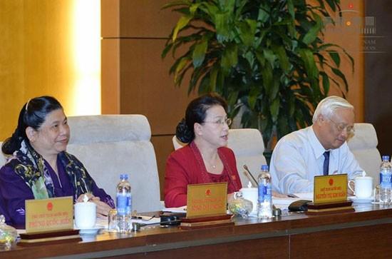 Clôture de la 13è session du comité permanent de l'Assemblée nationale   - ảnh 1