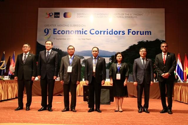 Ouverture du 9è Forum des couloirs économiques de la sub-région du Mékong élargie - ảnh 1