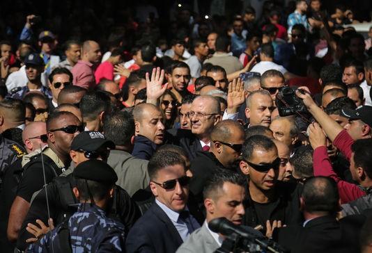Le gouvernement palestinien se réunit à Gaza, une première depuis 2014 - ảnh 1