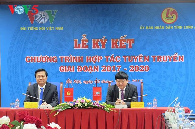 VOV signe un document de coopération avec la province de Long An - ảnh 1