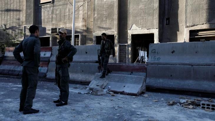 Syrie: le siège de la police à Damas visé par un triple attentat-suicide - ảnh 1