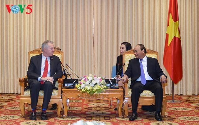 Le Premier ministre Nguyen Xuan Phuc reçoit l'ambassadeur américain - ảnh 1