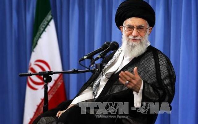 """L'ayatollah Khamenei menace de """"déchirer"""" l'accord sur le nucléaire iranien - ảnh 1"""