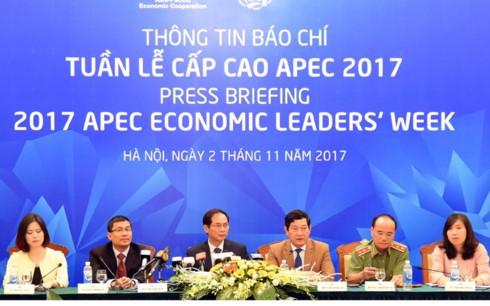 Conférence de presse sur la semaine des dirigeants de l'APEC 2017 - ảnh 1