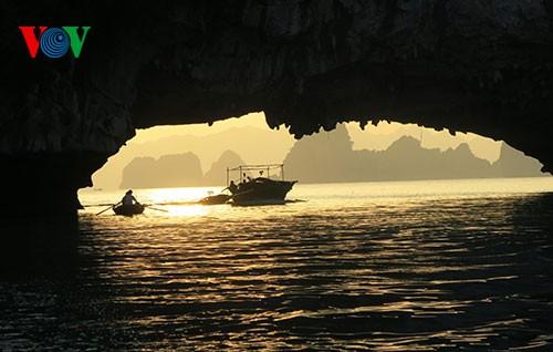 Cua Van – Vung Vieng៖ ភូមិអណ្តែកទឹកនៅលើសមុទ្រ - ảnh 2