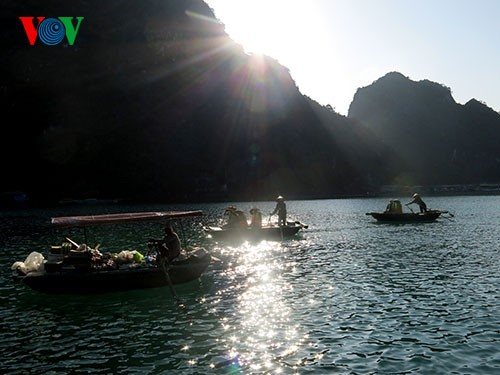 Cua Van – Vung Vieng៖ ភូមិអណ្តែកទឹកនៅលើសមុទ្រ - ảnh 3