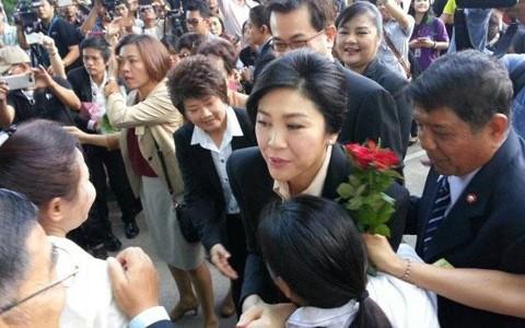 ថៃ៖អតីតនាយករដ្ឋមន្ត្រីលោកស្រី Yingluck ទៅតុលាការជាលើកដំបូង - ảnh 1