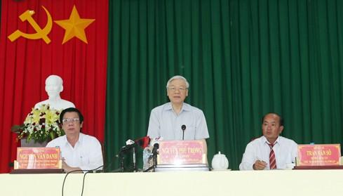 អគ្គលេខាបក្សវៀតណាមលោក Nguyen Phu Trong ជួបធ្វើការជាមួយថ្នាក់ដឹកនាំខេត្ត Tien Giang - ảnh 1