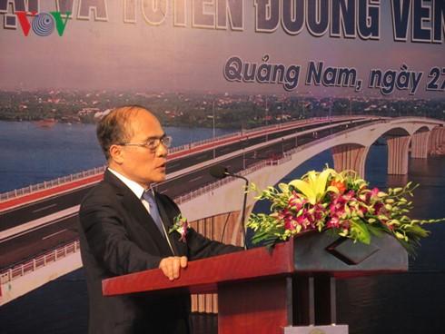 ប្រធានរដ្ឋសភាលោក Nguyen Sinh Hung អញ្ជើញចូលរួមពិធីបើកសម្ពោធស្ពាន Cua Dai នៅខេត្ត Quang Nam - ảnh 1