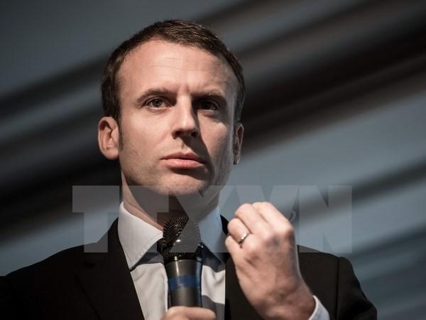 ការបោះឆ្នោតប្រធានាធិបតីបារាំង៖អតីតរដ្ឋមន្រ្តីសេដ្ឋកិច្ចលោក E. Macron ឈរឈ្មោះបោះឆ្នោត - ảnh 1