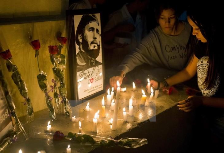 គុយបាត្រៀមរៀបចំឲ្យពិធីកាន់ទុក្ខជាតិសំរាប់អគ្គមគ្គទេសក៍ Fidel Castro - ảnh 1