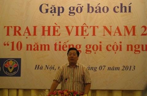 """Trại hè Việt Nam lần thứ 10 cho thanh, thiếu niên kiều bào với chủ đề """"10 năm tiếng gọi cội nguồn"""