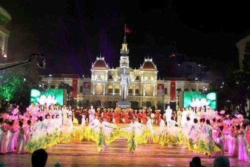 Nhiều hoạt động kỷ niệm 125 năm ngày sinh Chủ tịch Hồ Chí Minh - ảnh 1