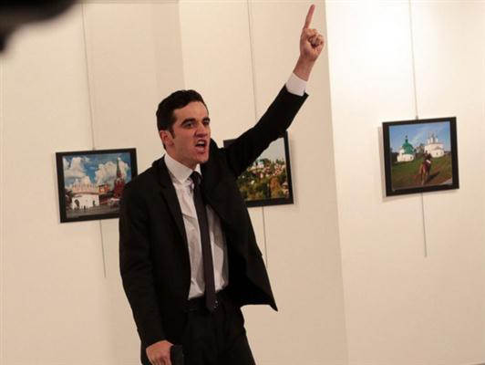 Turkish court bans media coverage of Russian ambassador murder investigation - ảnh 1