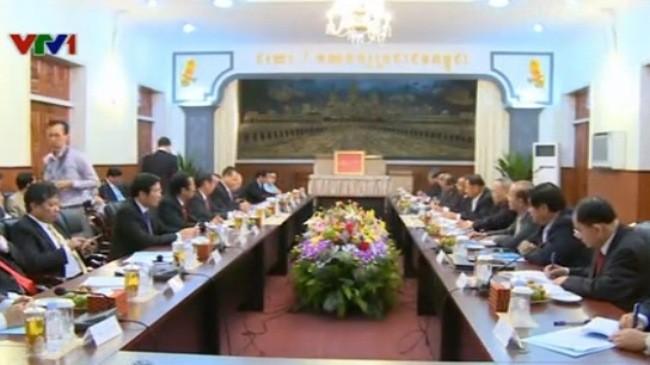 Делегация Компартии Вьетнама находится в Камбодже с визитом - ảnh 1
