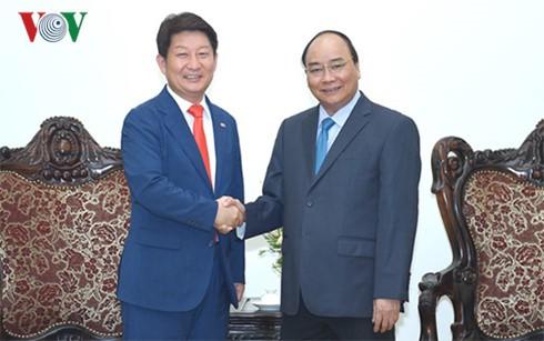 Премьер Вьетнама принял мэра южнокорейского города Тэгу - ảnh 1