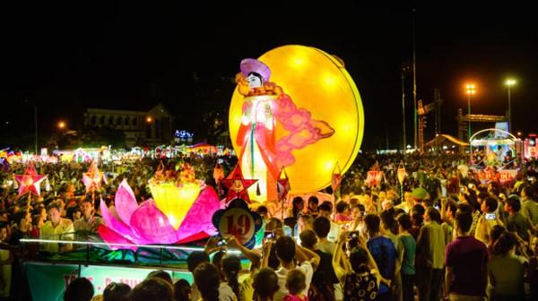 Фестиваль середины осени в городе Туенкуанг 2017 - ảnh 1