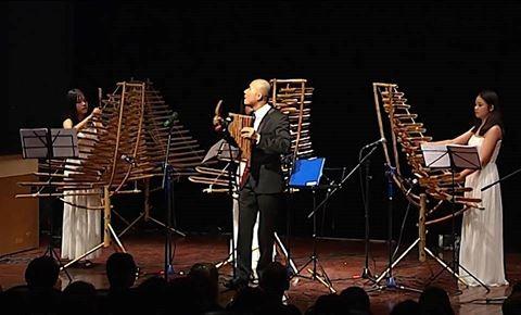 Группа «Новая жизненная сила» играет симфоническую музыку на бамбуковых музыкальных инструментах - ảnh 2