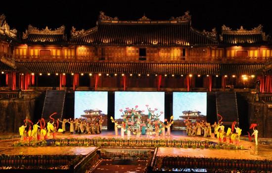 Ouverture du Festival de Hue 2012 : une soirée culturelle splendide  - ảnh 8