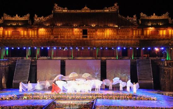 Ouverture du Festival de Hue 2012 : une soirée culturelle splendide  - ảnh 6