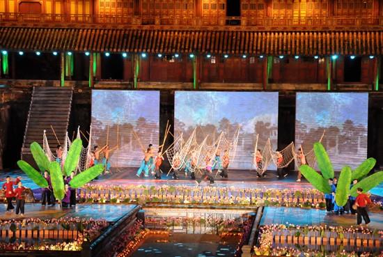 Ouverture du Festival de Hue 2012 : une soirée culturelle splendide  - ảnh 5