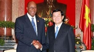 Le président Truong Tan Sang reçoit le représentant américain au commerce - ảnh 1