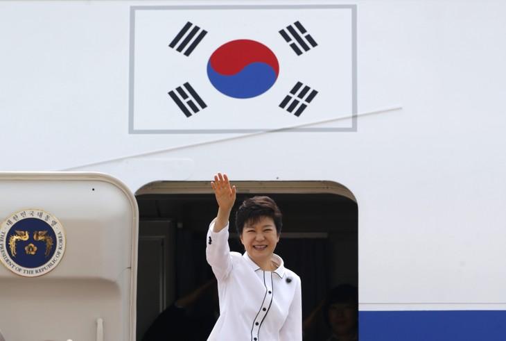 La présidente sud-coréenne en visite en Chine - ảnh 1