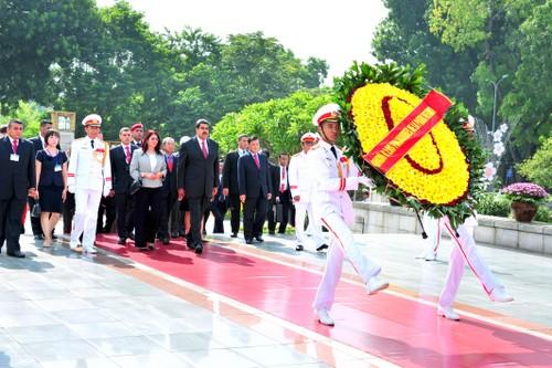 Le président vénézuélien termine sa visite au Vietnam - ảnh 3