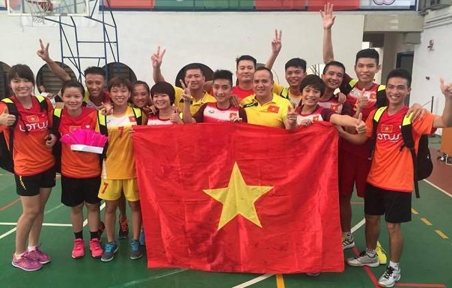 Deux médailles d'or pour le Vietnam au Championnat du monde de plumfoot - ảnh 1