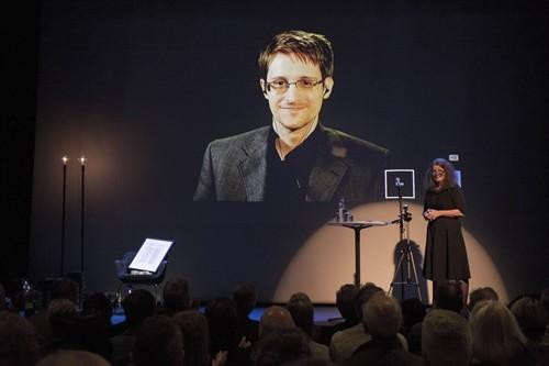 L'UE et les USA d'accord sur la protection des données personnelles - ảnh 1