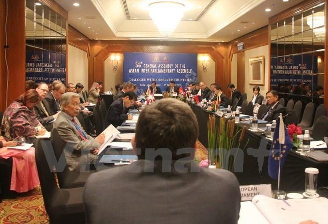 Renforcer la coopération entre l'AIPA et le Parlement européen - ảnh 1