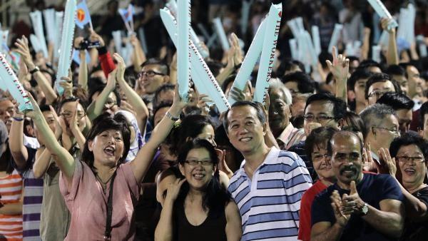 Législatives à Singapour : victoire écrasante du PAP au pouvoir - ảnh 1
