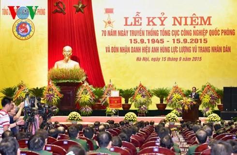 Nguyen Tan Dung : édifier une industrie de défense moderne  - ảnh 1