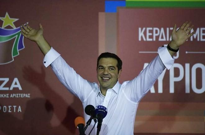 Grèce : les défis qui attendent Alexis Tsipras après sa victoire aux législatives - ảnh 1