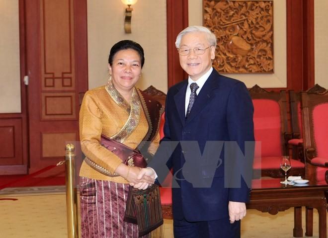 Nguyen Phu Trong reçoit une délégation du Laos - ảnh 1