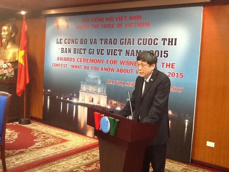 Remise des prix du concours «Que savez-vous du Vietnam 2015» - ảnh 2