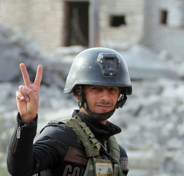 Importante victoire des forces irakiennes contre l'EI à Ramadi - ảnh 1