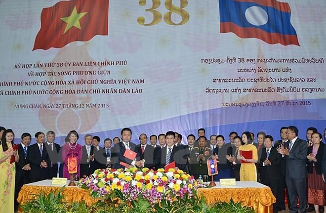 Le Vietnam aide le Laos à construire la centrale hydroélectrique Nam Mo 2 - ảnh 1