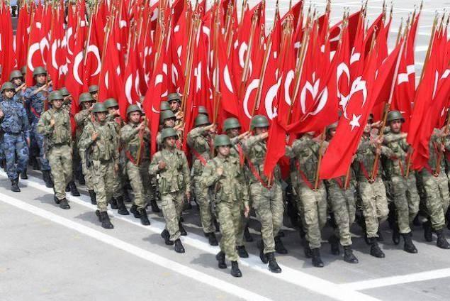 Après les purges, la Turquie cherche à recruter 30.000 nouveaux soldats - ảnh 1