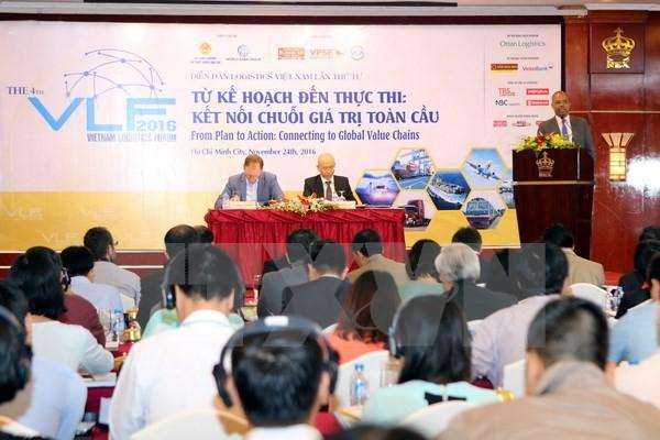 Le Vietnam développe ses logistiques maritimes et aériennes - ảnh 1