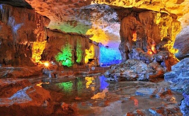Il y a-t-il beaucoup de grottes qui se visitent au Vietnam? - ảnh 2