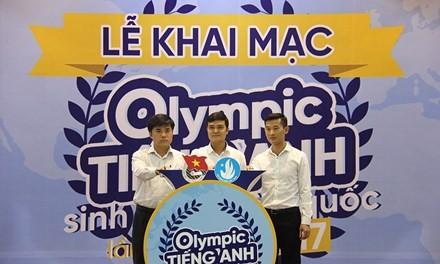 បើកការប្រឡង Olympic ភាសាអង់គ្លេសសំរាប់និស្សិតទូទាំងប្រទេសលើកទី១ឆ្នាំ២០១៧ - ảnh 1