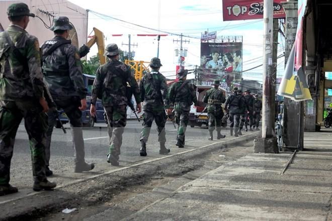 ហ្វីលីពីនជំរុញយ៉ាងខ្លាំងយុទ្ធនាការបោសសម្អាតកំលាំងឥស្លាមជ្រុលនិយមនៅ Marawi  - ảnh 1