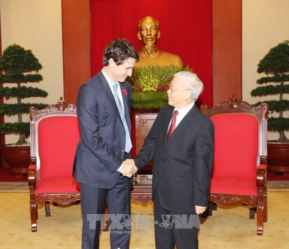 អគ្គលេខាបក្សលោក Nguyen Phu Trong ទទួលជួបសន្ទនាជាមួយនាយករដ្ឋមន្ត្រីកាណាដាលោក Justin Trudeau  - ảnh 1