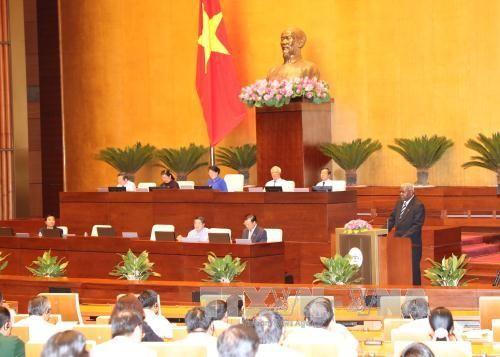 Ketua MN Vietnam, Nguyen Thi Kim Ngan melakukan pembicaraan dengan Ketua Parlemen Kuba, Esteban Lazo Hernandez - ảnh 2