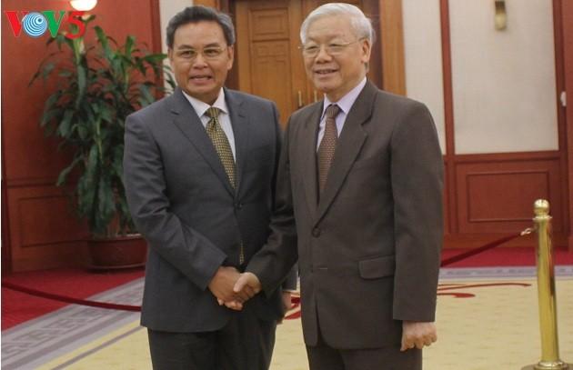 Memperkuat hubungan persahabatan dan kerjasama antara tiga negara Vietnam-Laos-Kamboja - ảnh 2